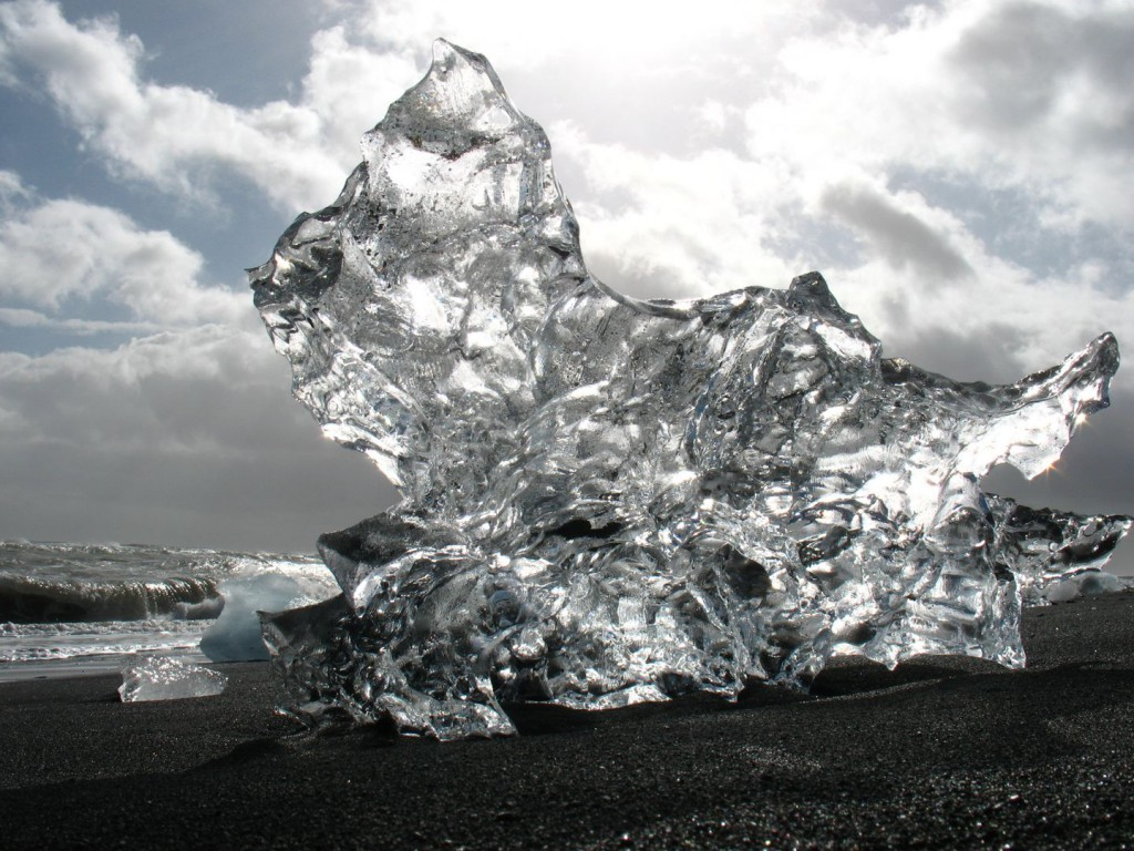 Island Eisberge am Strand Jökulsarlon