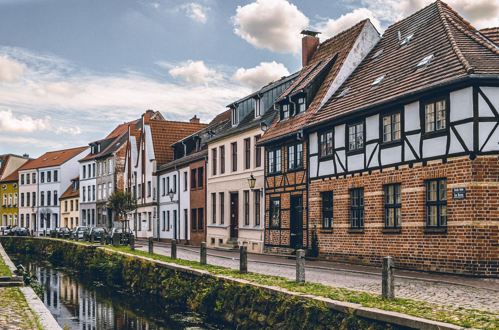 Die Altstadt wird vom Mühlenbach durchzogen
