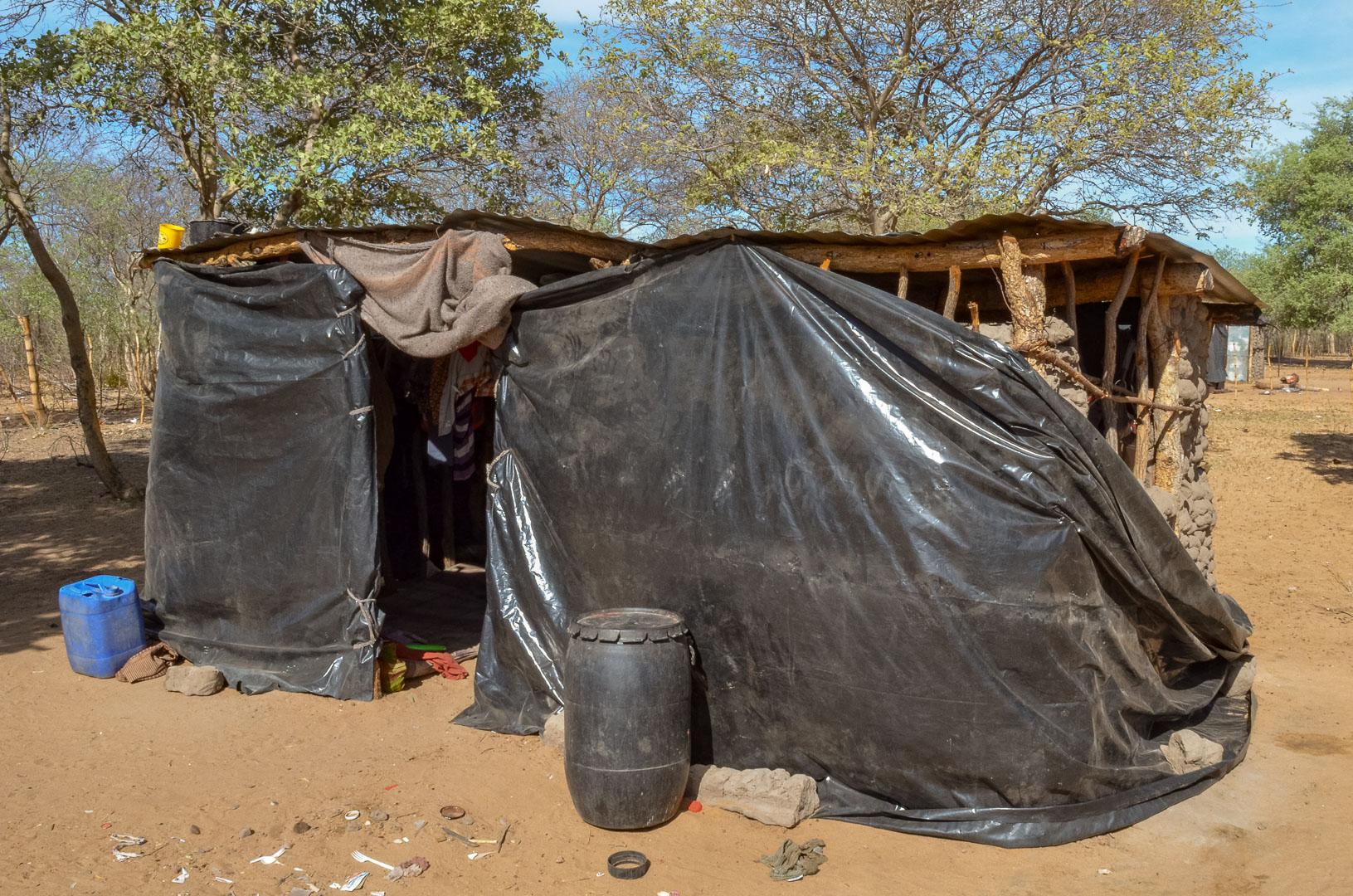 Wohnhaus der San, Namibia
