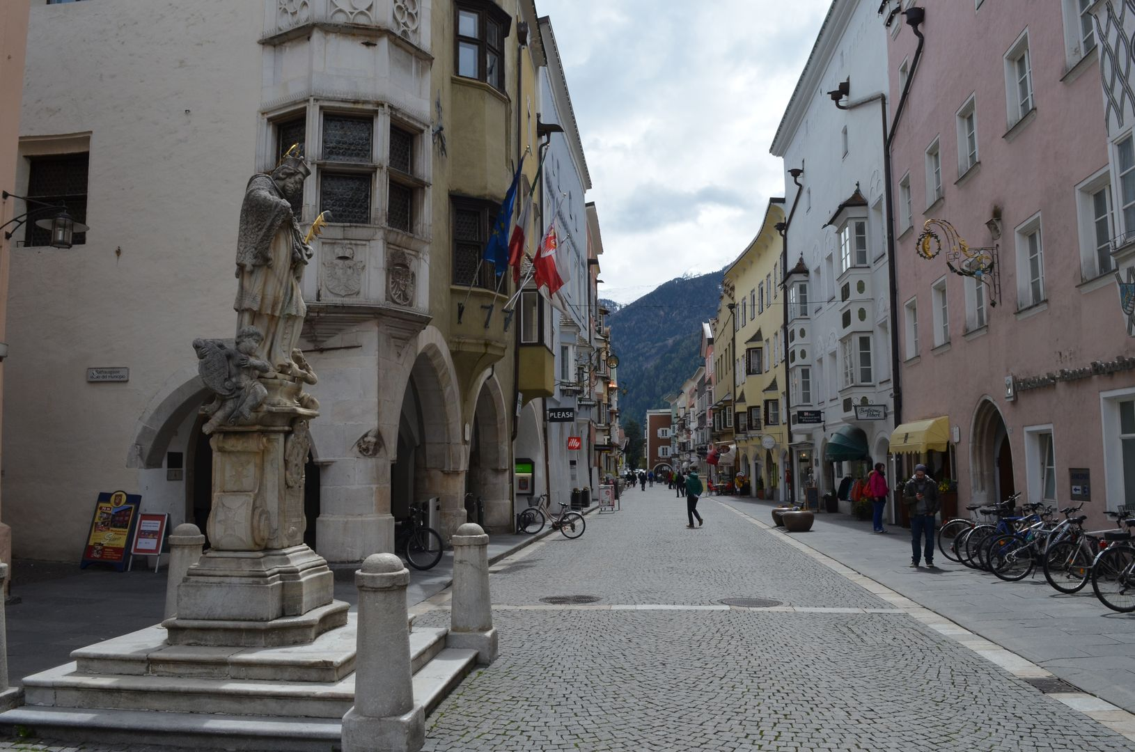 Sterzing Südtirol Nepomuk Statue