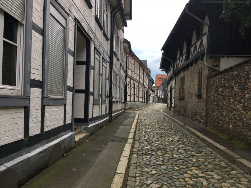 Kopfsteinpflasterstrasse in Goslar