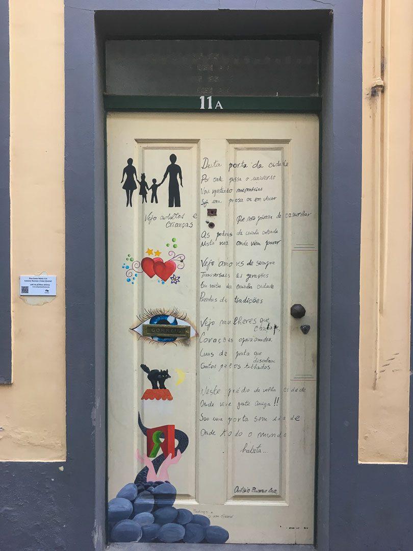 Bunte Türen in Funchal Madeira