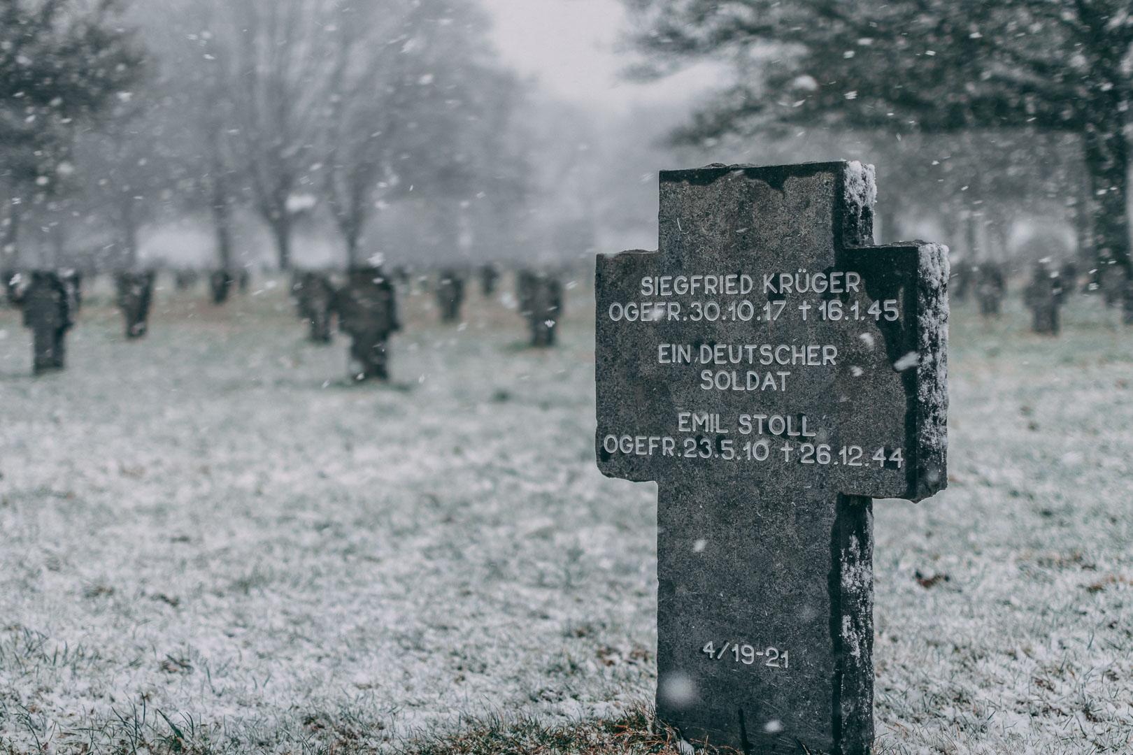 Soldatenfriedhof-Bastogne-Ardennenschlacht