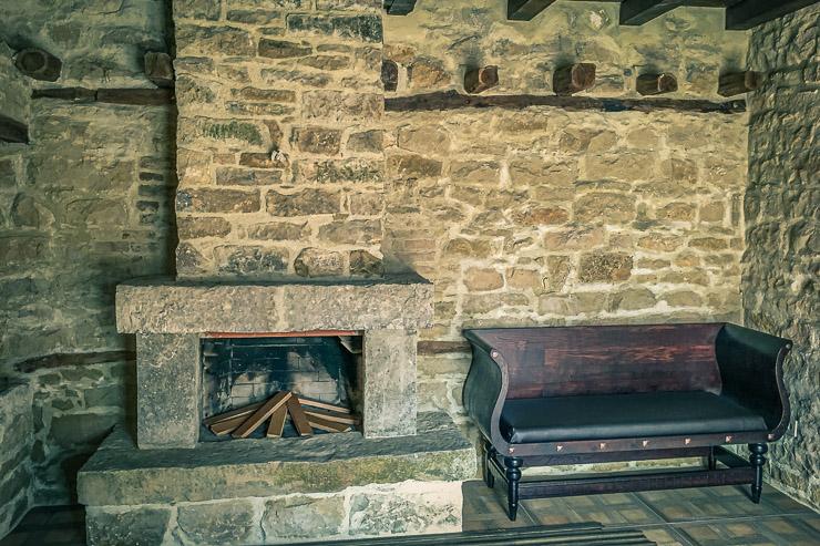 Einrichtung-Ferienhaus-Historischer-Park-Bulgarien